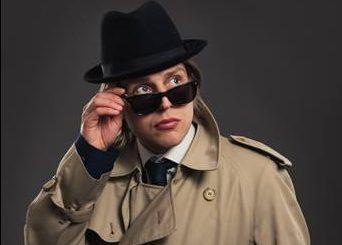 5 Good Reasons to See  Tom Skelton: Blind Eye Spy